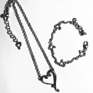 Brighton Tuscan Etched Heart necklace & bracelet.